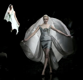 Giorgio Armani Haute Couture on the Web