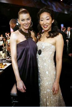 Ellen Pompeo and Sandra Oh - Photo from Yahoo