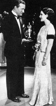 Norma Shearer with her Academy Award