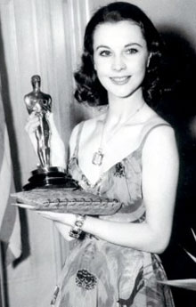 Vivien Leigh with her Academy Award