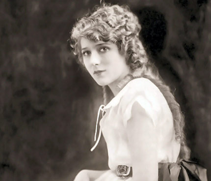 Mary Pickford, America's Sweetheart