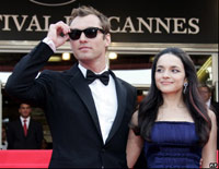 Jude Law and NorahJones