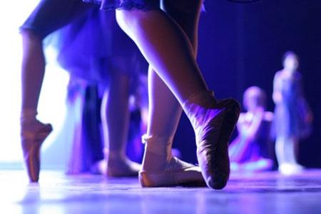 ballet dancer'slegs