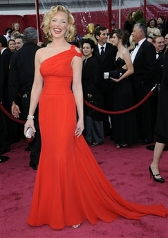Katherine Heigl on the red carpet