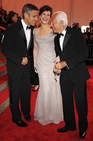George Clooney, Julia Roberts, Giorgio Armani
