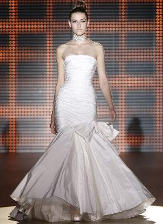 Rosa Clara Wedding Gown